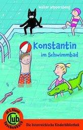 Konstantin im Schwimmbad