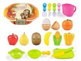 Nákupní košík s ovocem a doplňky