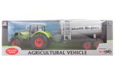 Traktor s cisternou